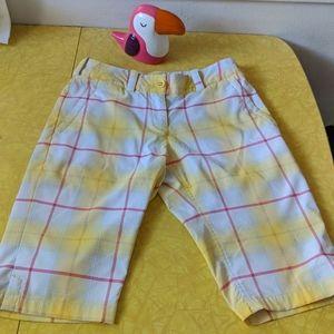 🏌️♀️ Women's NIKEGOLF Bermuda Shorts size 2 😎